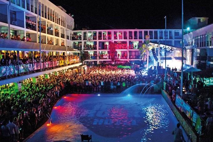 Ibiza Rocks : Opening Party